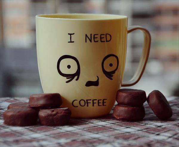 Disperato bisogno di caffeina.